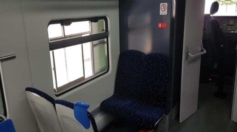 Die ersten zwei von achtundzwanzig Zügen sind eingetroffen