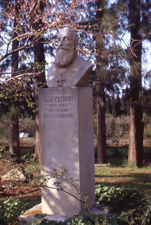 Bruder Clement, Entdecker der Clementine - Grabstein des Mönchs Bruder Clement in Misserghin (Oran, Algerien)