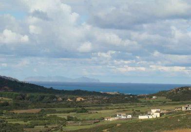 Die Galite-Inseln vom Cap Serrat aus gesehen