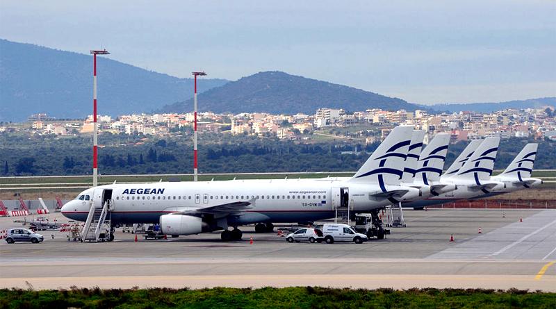 Flugzeuge von Aegean Airlines am Heimatflughafen in Athen - Foto: Hansueli Krapf Eigenes Werk: Hansueli Krapf