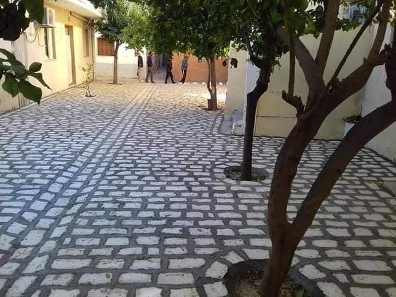 Neu gepflasterte Straße in Menzel Abderrahmen
