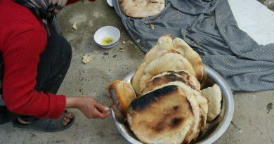 Fertiges Tabouna Brot