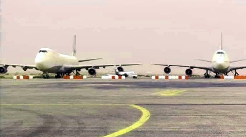 Die Jumbo-Jets Boeing B747 von Saddam Hussein, geparkt am Flughafen Tozeur