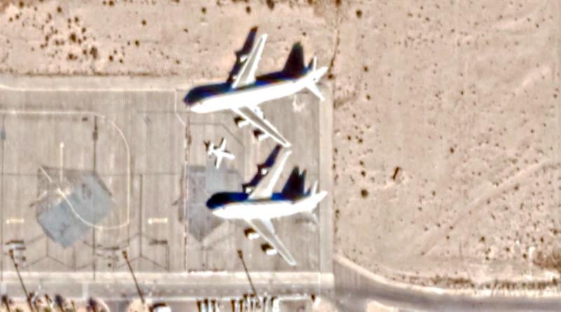Die Jumbo-Jets Boeing B747 von Saddam Hussein, geparkt am Flughafen Tozeur via Google Maps, Kartenstand 2019