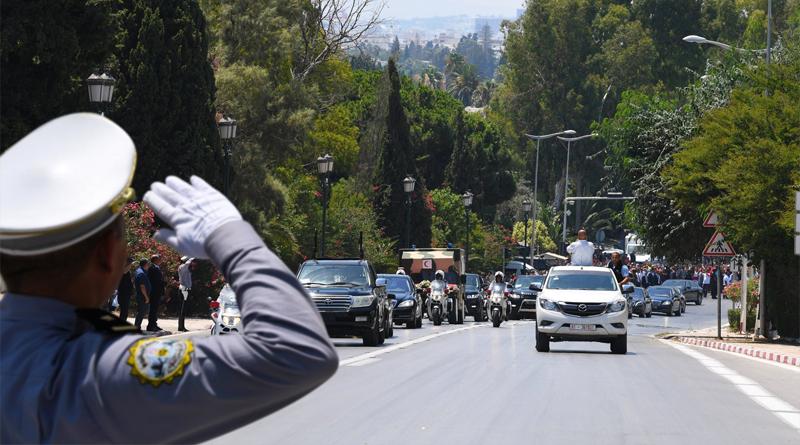 Überführung des Leichnams von Beji Caid Essebsi in den Präsidentenpalast in Karthago
