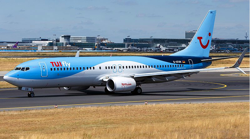 Tuifly B737-800 - Bild: tjdarmstadt [CC BY (https://creativecommons.org/licenses/by/2.0)]