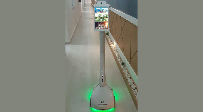 Dräxlmaier Tunisie spendet Roboter an das Abderrahmen-Mami-Krankenhaus in Ariana