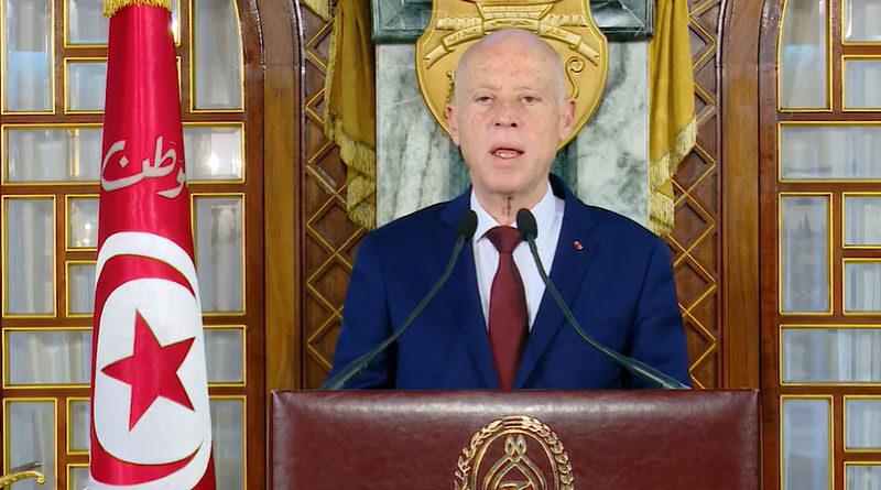 Präsident kündigt Einschränkungen und ein Verbot von Reisen an