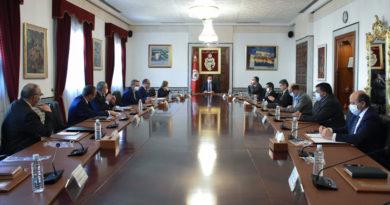 Kabinettssitzung beschließt neue Maßnahmen zur Eindämmung der Verbreitung von COVID-19