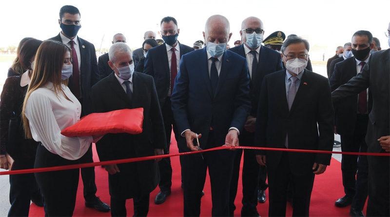 Neues Militärkrankenhaus Sfax durch Präsident Saied eröffnet
